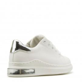 Λευκά Sneakers με Ασημένια Λεπτομέρεια