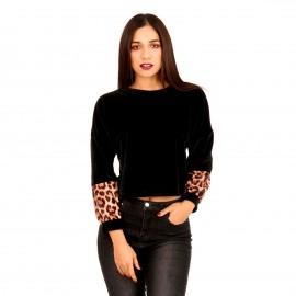 Μαύρη Βελούδινη Cropped Μπλούζα με Animal Print στο Μανίκι