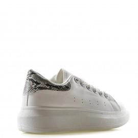Λευκά Sneakers με Snake Print