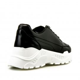 Μαύρα Sneakers με Τρακτερωτή Σόλα