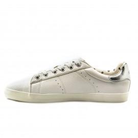 Λευκά Sneakers s.Oliver με Ασημένια Λεπτομέρεια