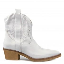 """Λευκό Μυτερό Μποτάκι """"Cowboy"""""""